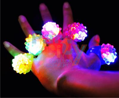 Anillo titilante goma luminoso x50